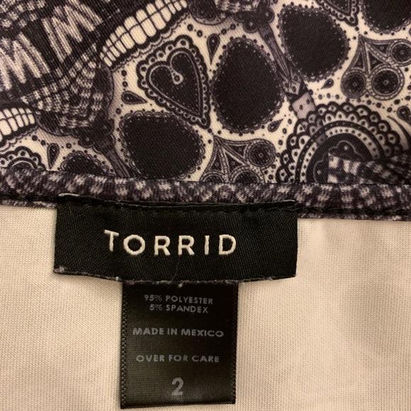 torrid Dresses & Skirts - TORRID maxi dress - black & white pattern w/skulls